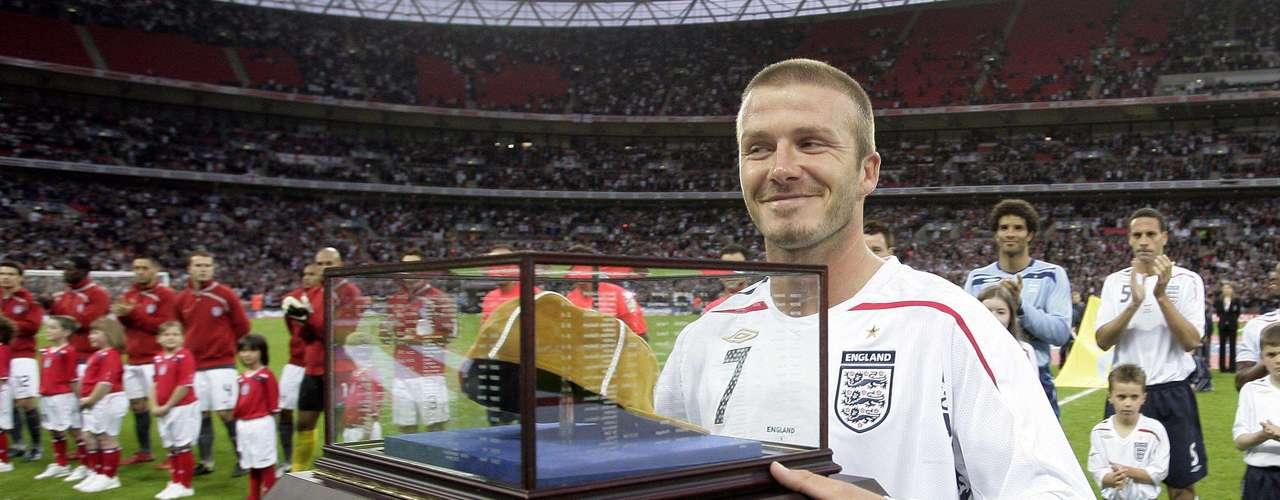 David Beckham, posiblemente será refuerzo de la selección de futbol de Inglaterra en Londres 2012.