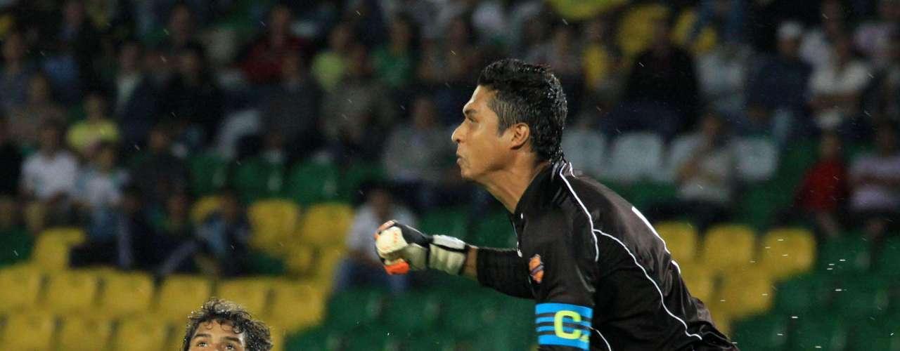 Millonarios empató a dos goles con Quindío en Armenia, en partido válido por la fecha 15 de la Liga Postobón, con goles de Osorio Botello y Erick Moreno.  García y Murillo anotaron por el local.