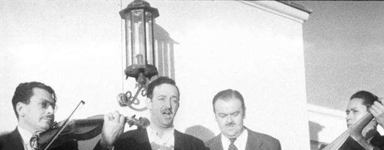 """Jorge Negrete y José Alfredo Jiménez unirán sus voces a través de la tecnología en el tema """"Paloma Querida""""."""