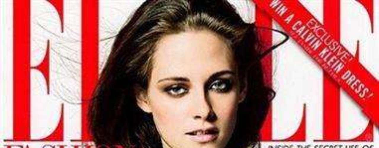 La actriz Kristen Stewart participó en una sesión de fotos para la revista Elle, edición de junio, en donde sacó su lado femenino y masculino de una manera sensual y provocadora.