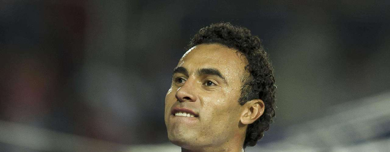 Leobardo López es un jugador que gusta en Chivas para reforzar la defensa.
