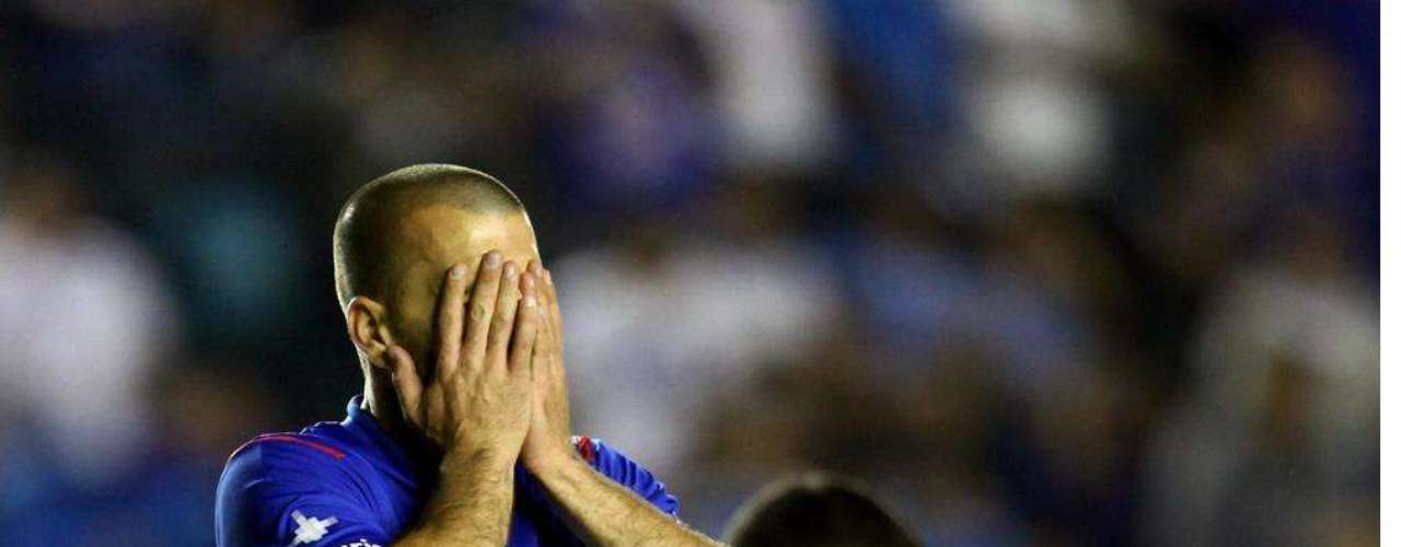 Emanuel Villa pasa de Cruz Azul a Pumas.