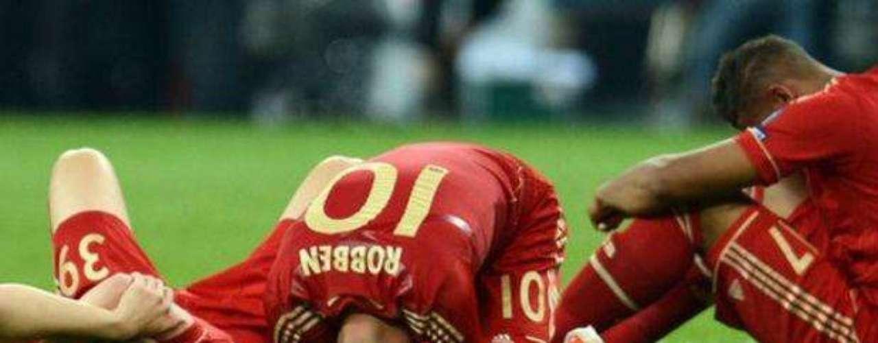 Los jugadores del Bayern estuvieron inconsolables. Tenían en sus manos el título y lo dejaron ir.