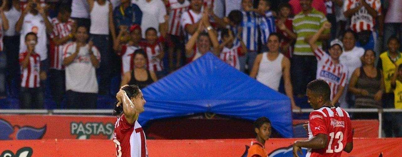 Junior consiguió una victoria vital en Barranquilla sobre el Medellín, con gol de Giovanni Hernández, y alcanzó la séptima posición en la Liga Postobón.