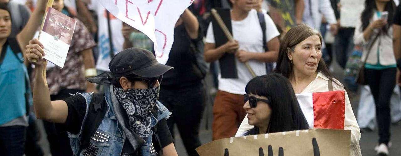 Los líderes del PRI y de su socio, el Partido Verde, descalificaron la protesta y los llamaron \
