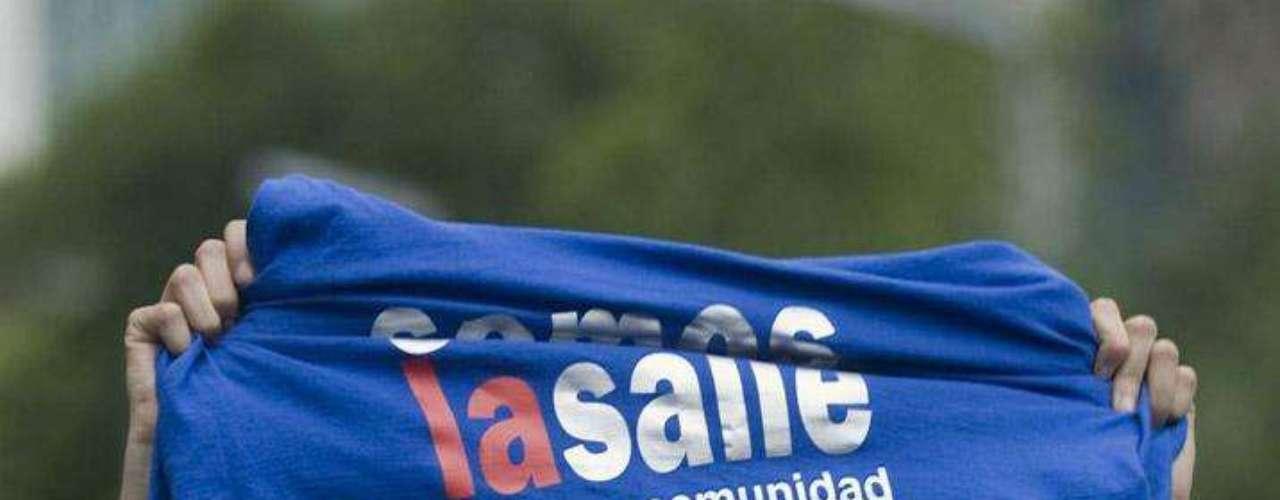 Si las movilizaciones juveniles no son contra el PRI y su candidato, ¿por qué el rechazo de algunos a Enrique Peña?