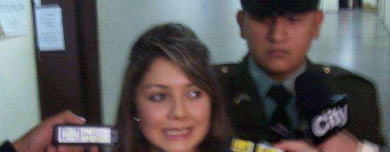 María Camila Romero acompañaba a Carlos Cárdenas la noche previa a la madrugada en que se produjo la muerte de Luis Andrés Colmenares, puesto que al parecer sostenían un romance de carácter pasajero; su testimonio certificaría que los dos jóvenes nunca se vieron durante la noche y la madrugada del 30 y 31 de octubre de 2010.