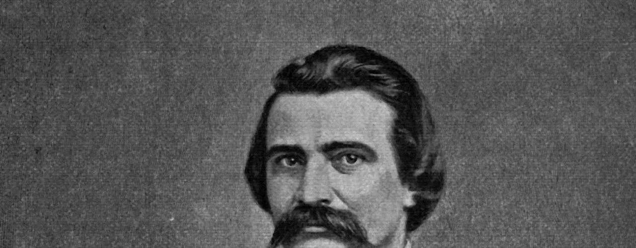 """Lo que sí se sabe es que la celebración fue proclamada el 5 de mayo de 1868 por el General John Logan, comandante nacional del Gran Ejercito del país, y tras la proclama el 30 de mayo de ese mismo año se rindió honor  los soldados. A Logan se le conoce como el """"Padre del Día de Recordación""""."""