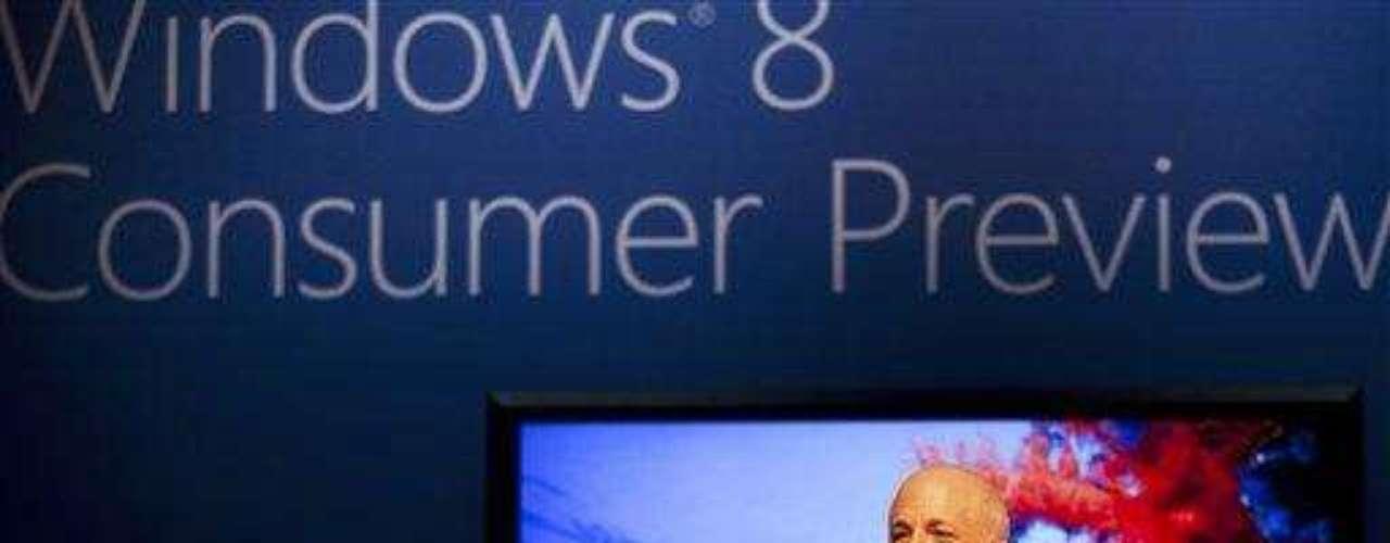 Entre las novedades de Windows 8, se destaca la nueva interfaz gráfica, que por primera vez el sistema de escritorio adoptará el look del sistema para móviles. 'Metro' es más amigable para pantallas touch y ofrece una exploración más rápida y fluida, según Microsoft.