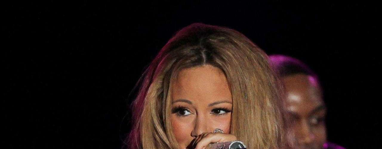 El presidente y la primera dama Michelle Obama luego se dirigirán a un segundo y deslumbrante evento para recaudar fondos en Manhattan, en el que habrá una presentación de Mariah Carey.