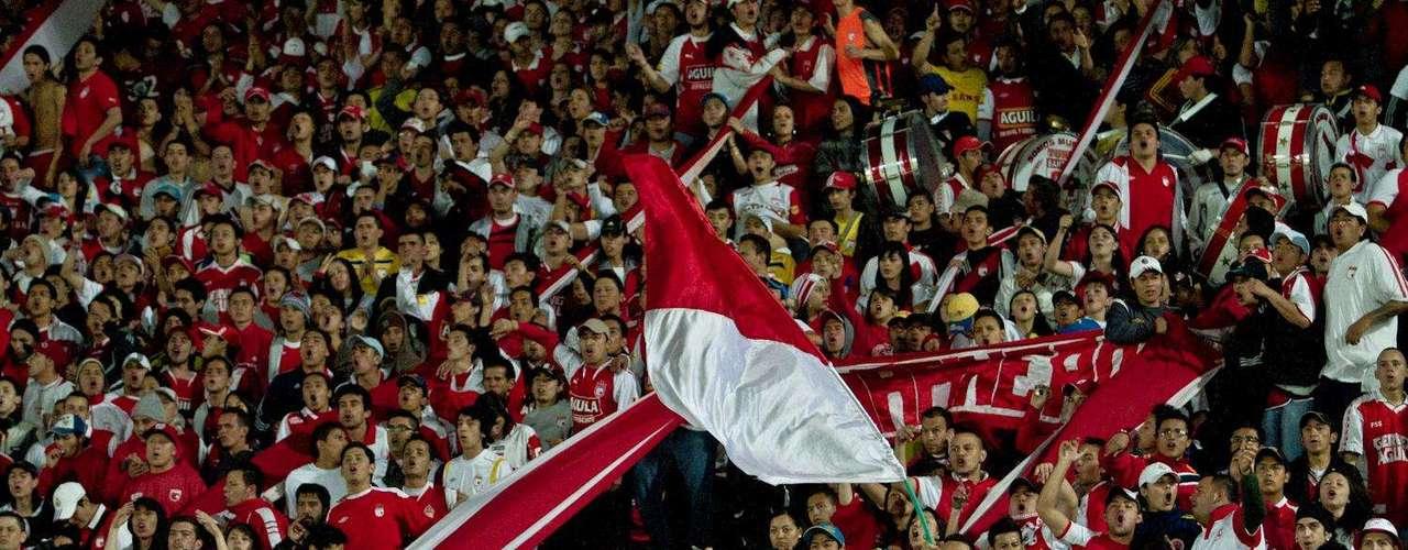 La hinchada santafereña se hizo presente en el estadio, y cerca de 15.660 espectadores llegaron al estadio.