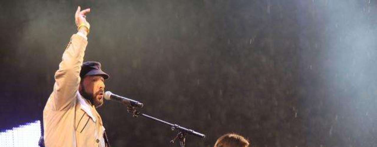 Los músicos se conectaron a la perfección durante su performance juntos.