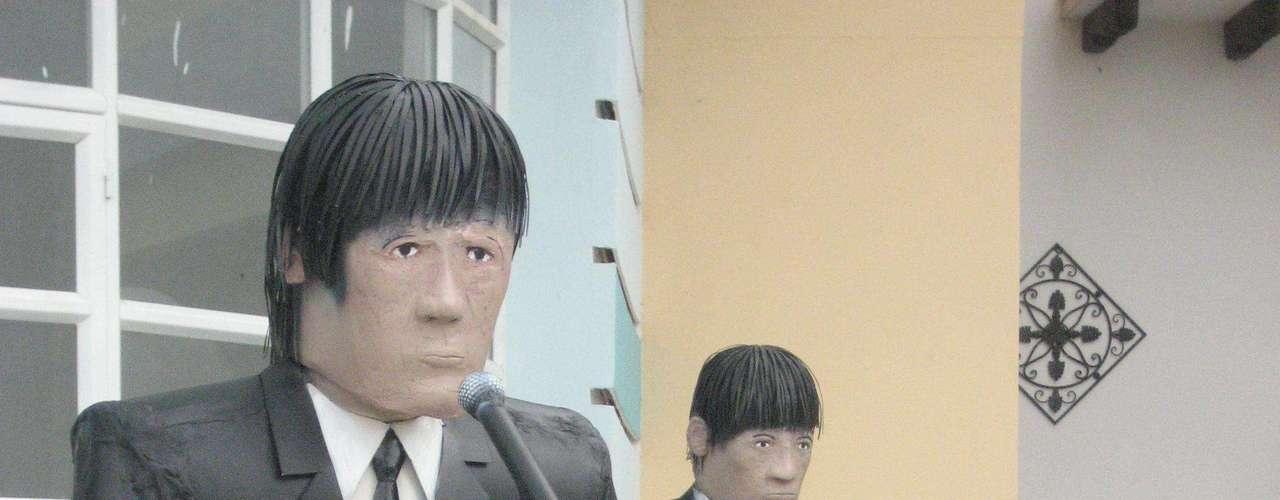 Y entre los personajes esculpidos por Javier no podían faltar los Beatles. Estas replicas también se encuentran en el hotel 'Paraíso'