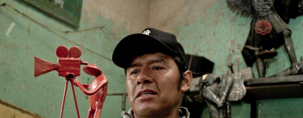 Javier elaboró esta rana mientras le narró su historia de vida a Terra.