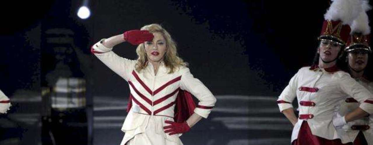 ¿Les gusta cómo se ve Madonna en tarima?