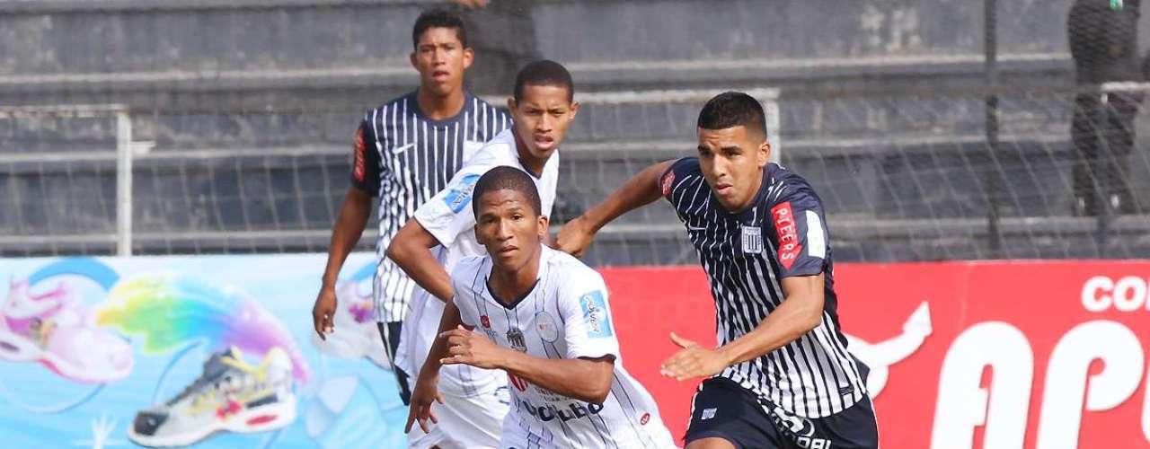 Revive las mejores imágenes del encuentro entre Alianza Lima y César Vallejo.
