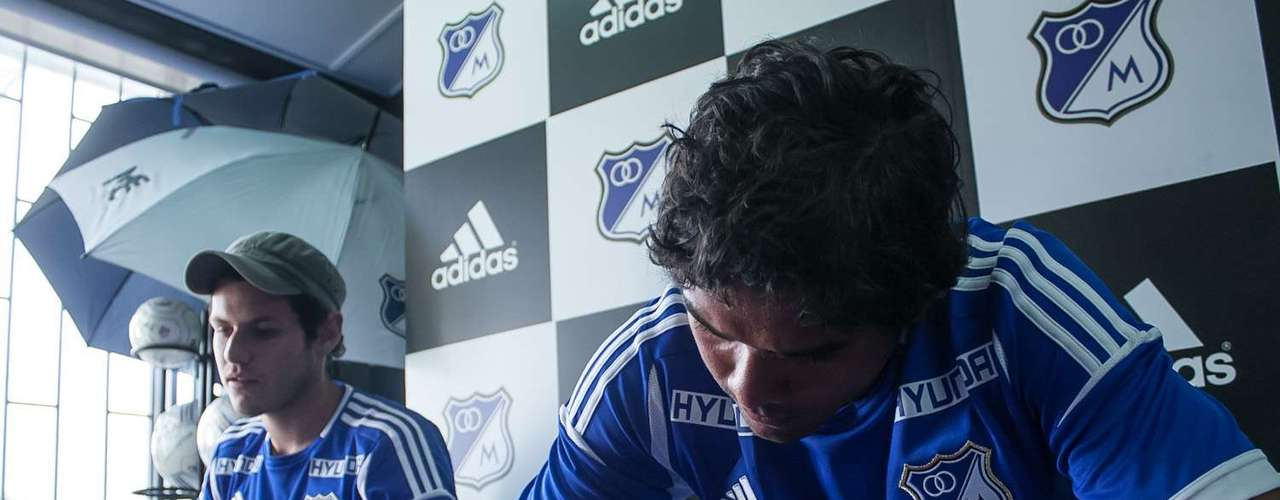 Humberto Osorio Botello también lució muy feliz, en su rostró reflejó la emoción y una sonrisa fue la constante del vallenato en la tarde azul