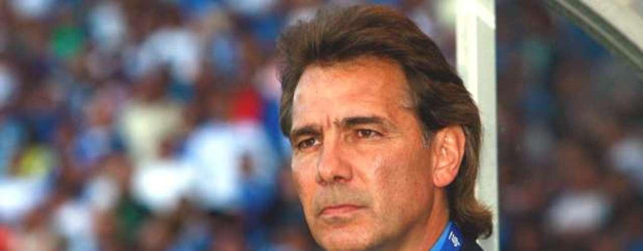 Carlos de los Cobos será el técnico de los Gallos Blancos del Querétaro