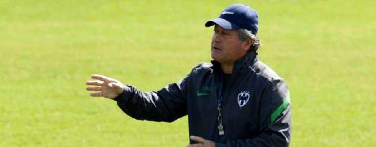 Víctor Manuel Vucetich buscará seguir con los éxtiso al frente de los Rayados de Monterrey