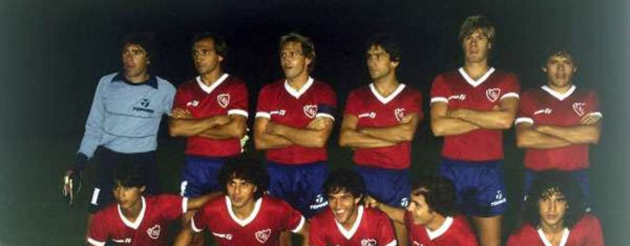 The Argentinean dominance began to stretch in 1984 when Independiente won its last Libertadores title against Gremio 3-1 on points after winning the first leg 1-0 and drawing the second 0-0.