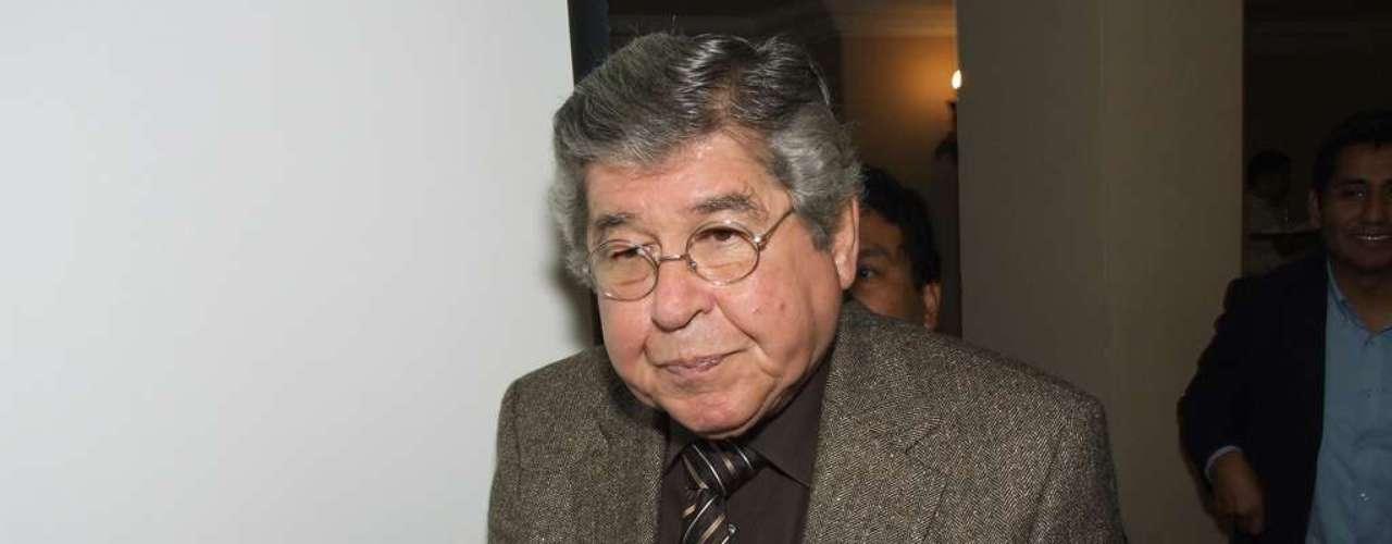 Alfredo Bryce Echenique presenta \
