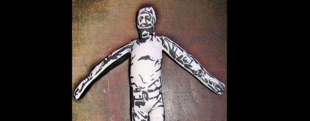 Néstor Kirchner también tiene dos versiones: una con alas y otra como 'Nestornauta'.