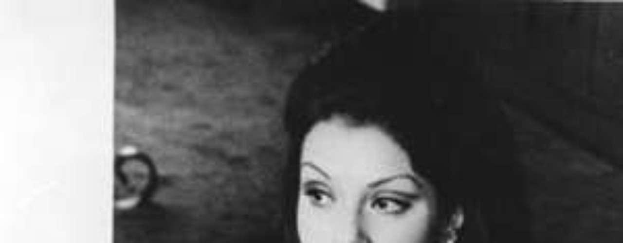 En 2008 fue llamada a declarar en el caso de la Toma del Palacio de Justicia donde reveló una supuesta reunión entre Escobar e Iván Marino Ospina, comandante del M-19 en agosto de 1985, en la que Escobar supuestamente quiso que ella estuviera presente.Confesó la manera como él pagó al grupo guerrillero para que se llevar a cabo la Toma.