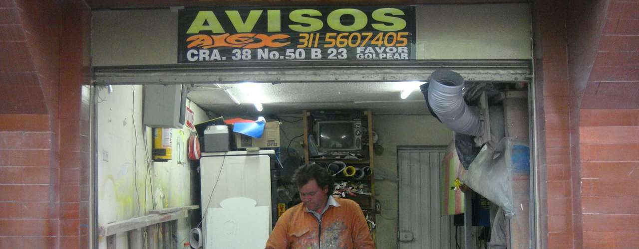 Recuerda que antes de que existiera el TransMilenio él era un joven en busca de proyectos lucrativos, no le importaba trabajar de más y siempre se le midió a todo tipo de retos.