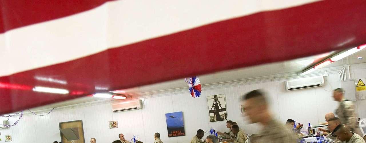 Los soldados estadounidenses destacados en otros países también suelen tener sus actividades durante el 4 de julio.