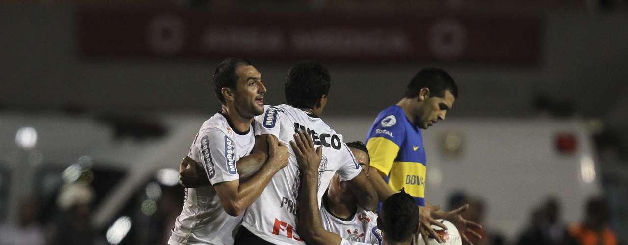 Juan Román Riquelme jugó en la derrota de Boca 2 a 0 ante Corinthians en Brasil por la final de la Copa Libertadores y esa fue su despedida del club de sus amores