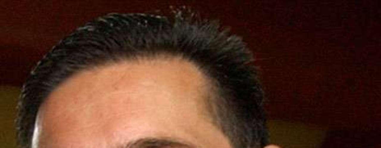 Eugenio Hernández Flores, también ex gobernador priista del estado de Tamaulipas, está acusado de lavado de dinero junto con Tomás Yarrington. A Hernández se le busca por presunto lavado de dinero del narcotráfico, delincuencia organizada y delitos contra la salud. Actualmente se cree que vive en Europa.