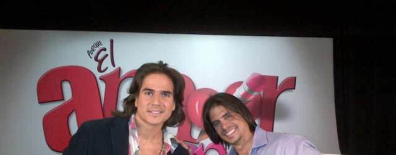 Daniel Arenas and Pedro Moreno, tested for supporting roles. Please Pedro, lose that ugly wig!
