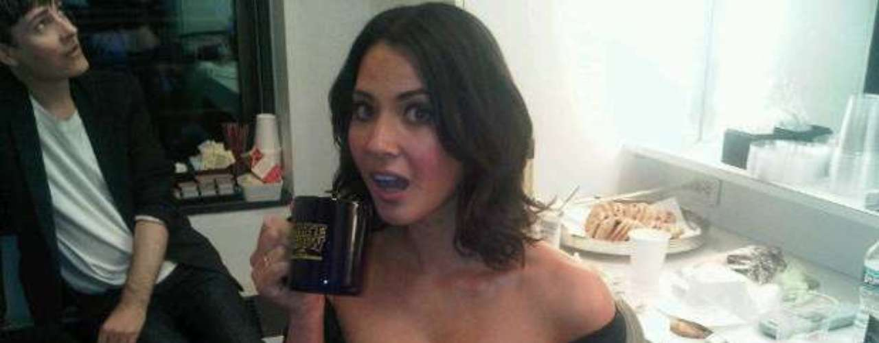 Gulp!  We don't know which one is hotter: the coffee or Olivia Munn.