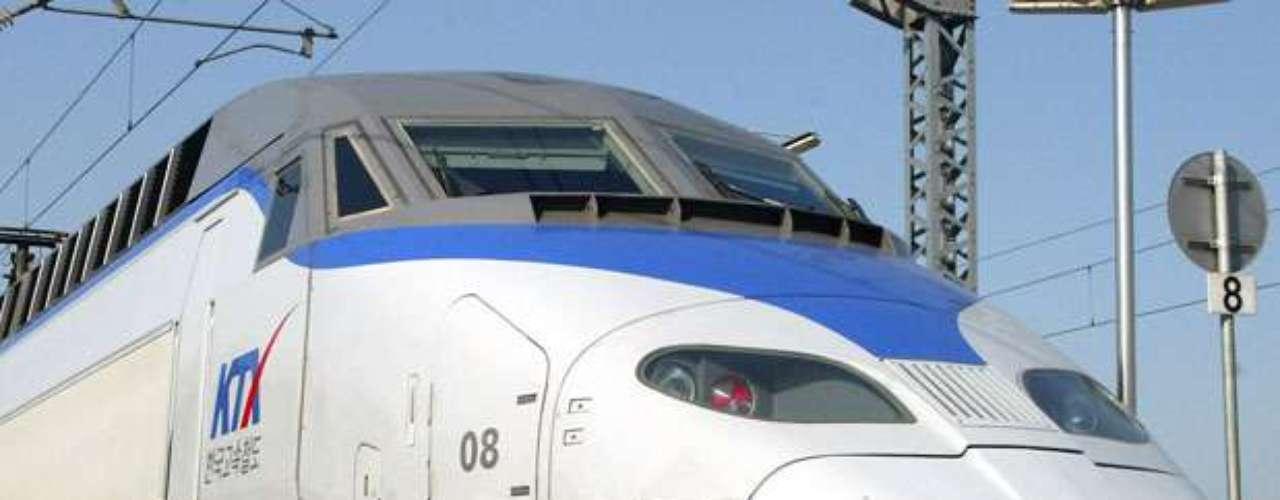 En Corea cuentan con un tren bala llamado KTX (Korea Train Express) gestionado por la compañía Korail. La tecnología de este tren de alta velocidad se basa en gran parte en el TGV francés, y presenta velocidades de más de 300 km/hr.
