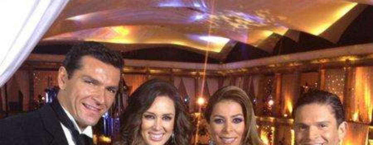 El guapo hombre es nada menos que el millonario empresario Martín Fuentes, con quien la actriz contrajo nupcias en septiembre de 2011.Síguenos en:     Facebook -   TwitterEugenio Derbez y Alessandra Rosaldo se dieron el 'sí'FOTO: El regalo de Eugenio Derbez a Alessandra Rosaldo en su boda: ¡Tremenda motocicleta! '