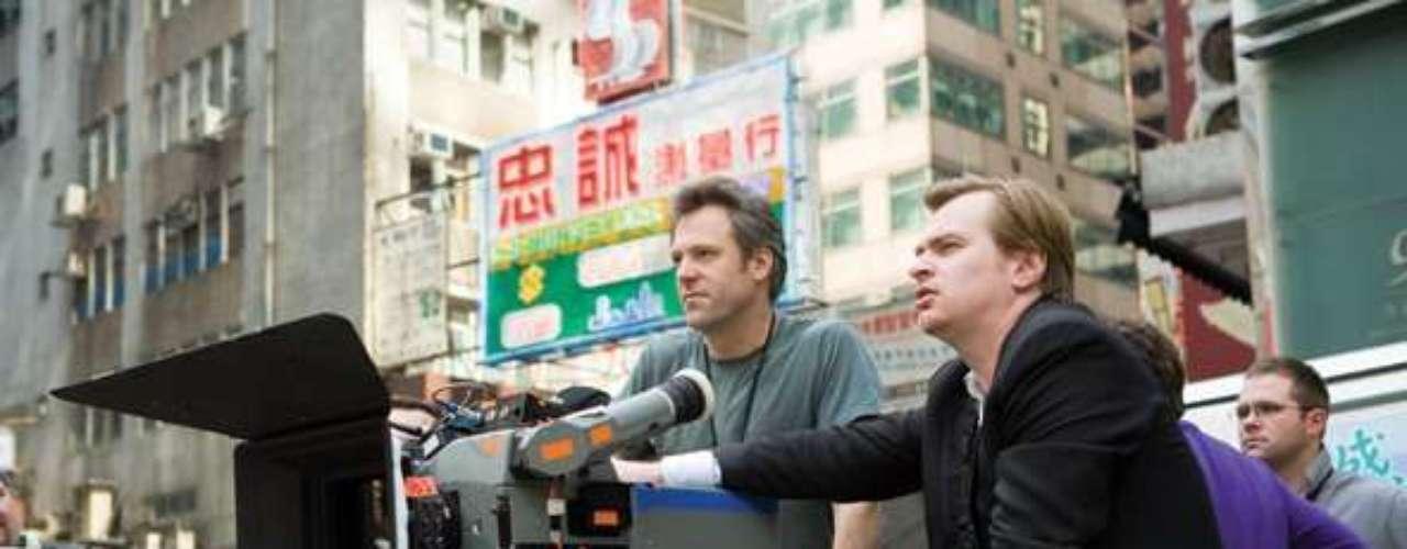 2. Durante el rodaje, Nolan no ve las tomas en un monitor como la mayoría de los realizadores. Nolan está exactamente tras la cámara siempre y le gusta estar cerca de sus actores.
