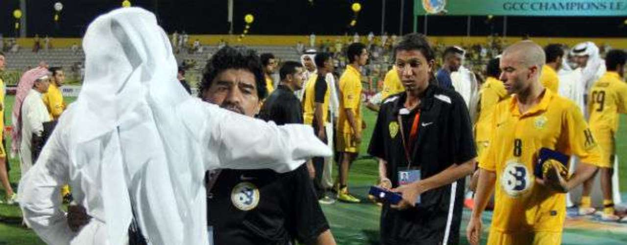 """The Board of Administration decided to relieve the managerial team, directed by Diego Armando Maradona,"" communicated Al Wasl, less than a month after confirming his continuation."