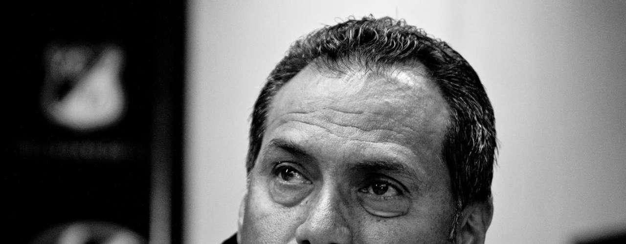 'Millonarios va a jugar a lo que he propuesto en las instituciones donde he estado, en Tolima y en Itagüí, donde siempre he buscado el ataque. Nuestros equipos siempre buscan el arco rival. Trato de tener un equipo corto y en bloque, tanto en defensa como en ataque'.