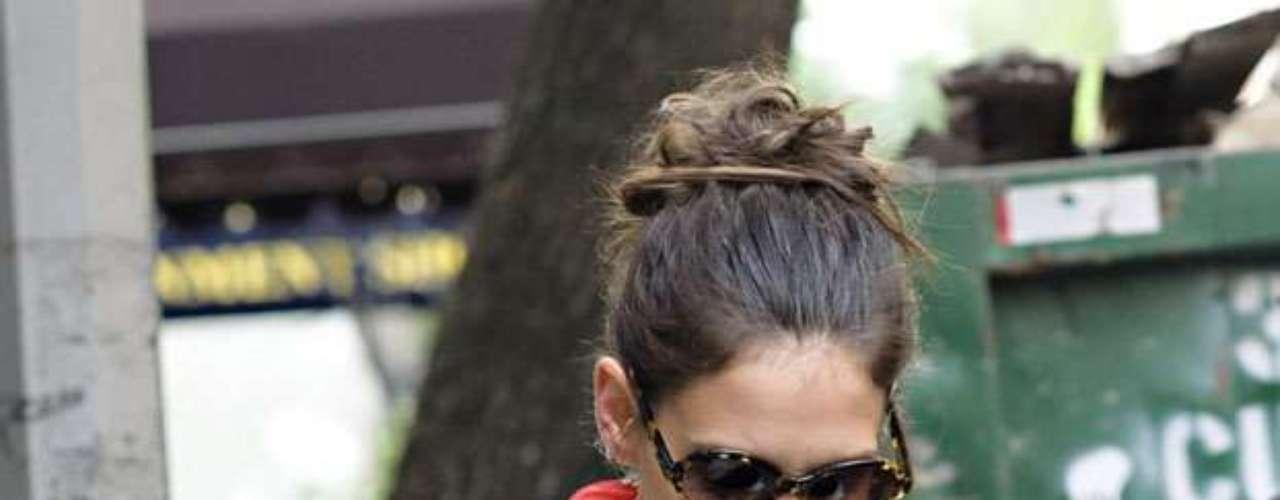 Amistades de la actriz confesaron que ella está en desacuerdo con la religión de Tom.