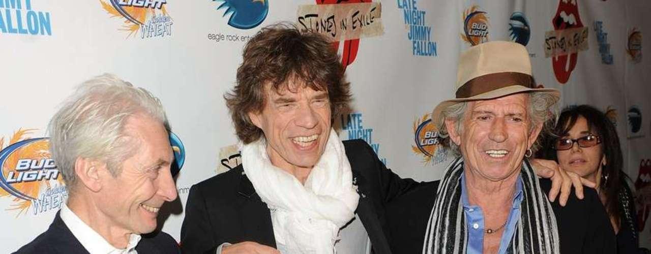 2010: Surgen rumores de la separación oficial de los Rolling Stones  en el 2012 (en el aniversario 50 de su primer concierto). Sin embargo, esto fue desmentido en por el guitarrista de la banda, Ronnie Wood.