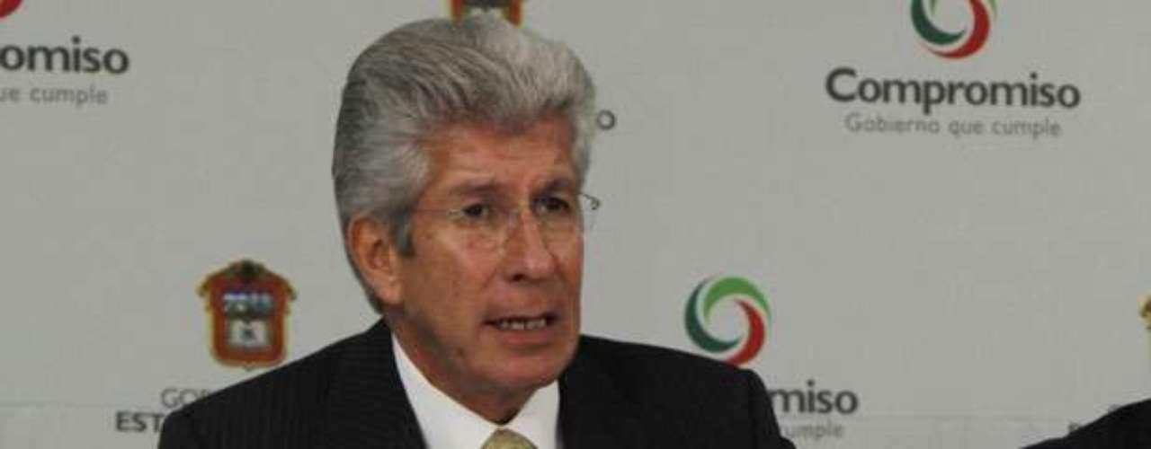 Para la Secretaría de Comunicaciones  y Transportes ya se menciona a Gerardo Ruiz Esparza. Ocupó esta misma Secretaría a nivel estatal en el gobierno de Enrique Peña Nieto en el Estado de México.