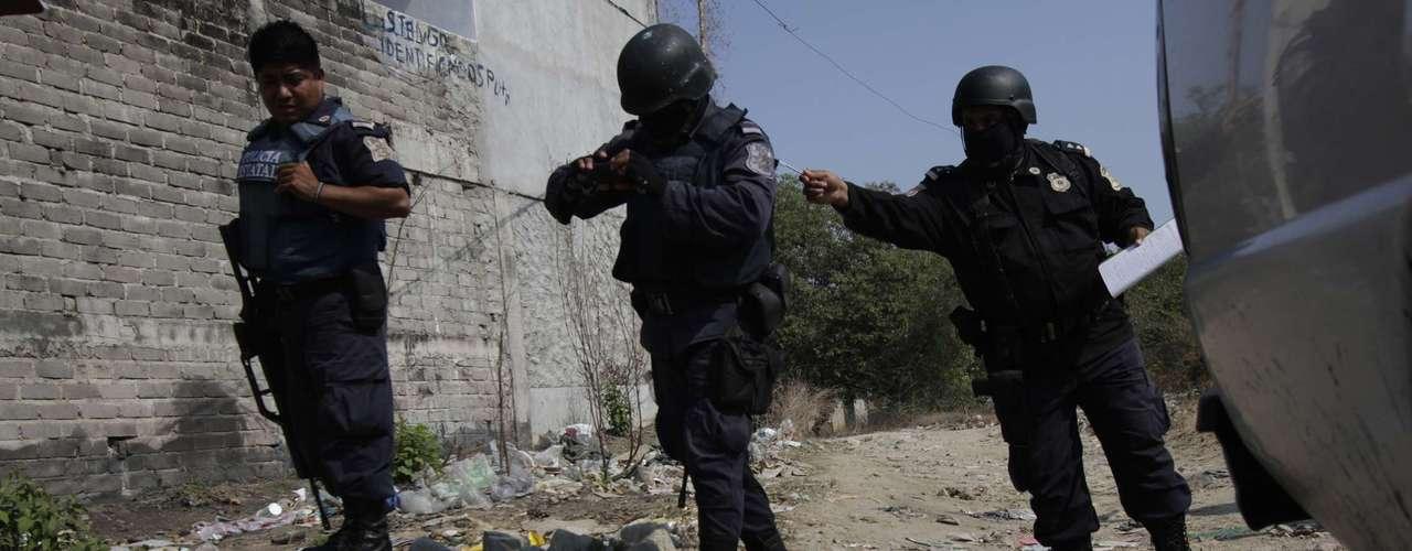 Por otro lado, según un informe publicado por Unifem y varias organizaciones locales de derechos humanos, entre 1985 y 2009 fueron asesinadas en México al menos 34,000 mujeres; 2,418 solamente en 2010.