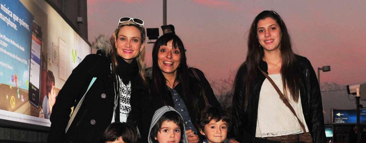 Con invitados de lujo, Tulio Triviño y compañía repletaron el Movistar Arena