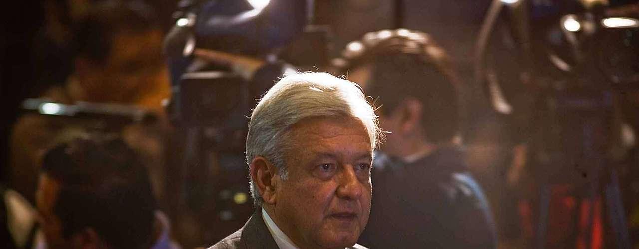 Andrés Manuel López Obrador anunció que presentarán ante las autoridades un juicio de inconformidad para demandar la elección presidencial y que la próxima semana dará a conocer detalles de un plan para defender la democracia