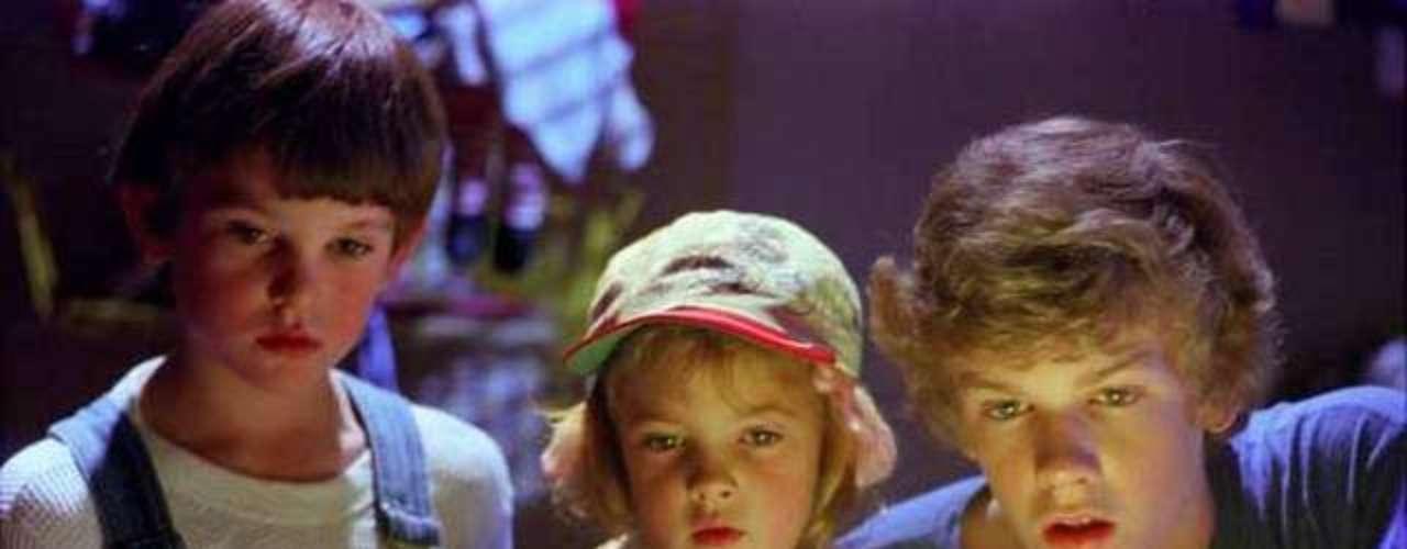 Gertie (Drew Barrymore) en la misma película: Es la adorable hermana menor de Elliot, cómplice en la adopción temporal del alienígena.