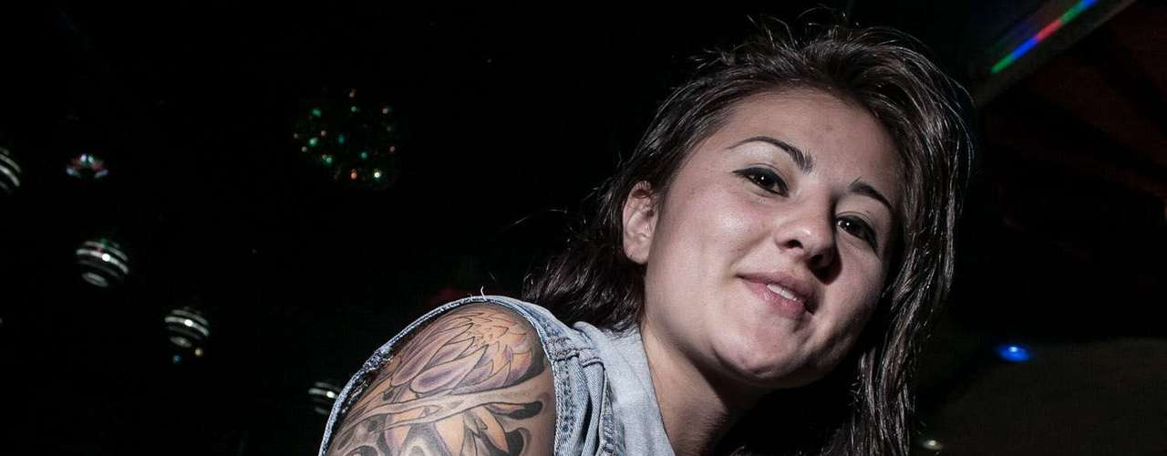 Sin embargo, muchos de los visitantes iban por más que un tatuaje de 13 mil pesos. En el Teatro Las Vegas también se hicieron verdaderas obras de arte sobre la piel, que llegaron a superar los 200 mil pesos.