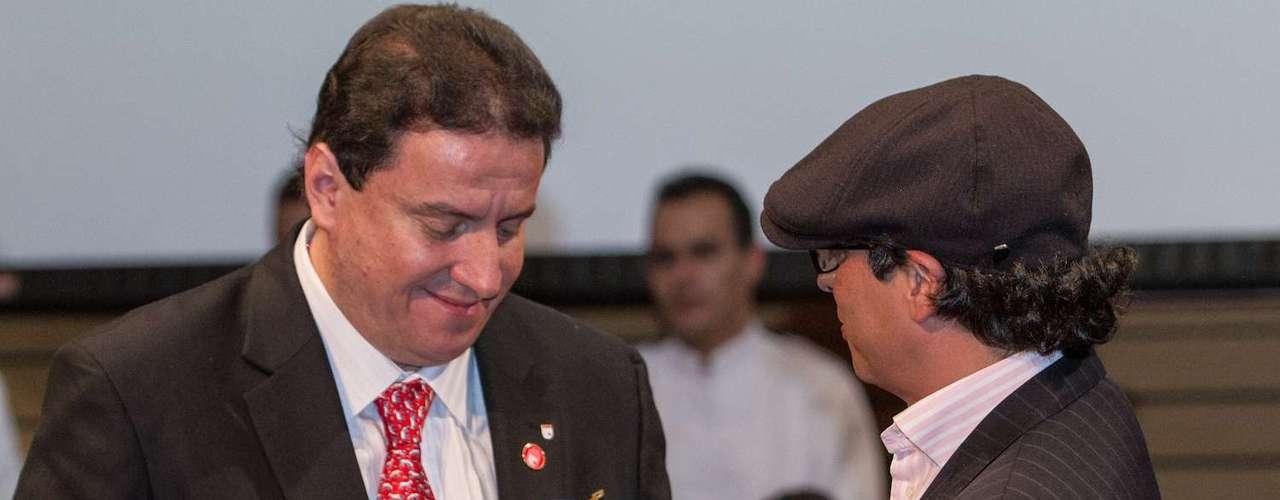 El presidente Pastrana agradeció una vez más a la hinchada por el apoyo y buen comportamiento durante la celebración.