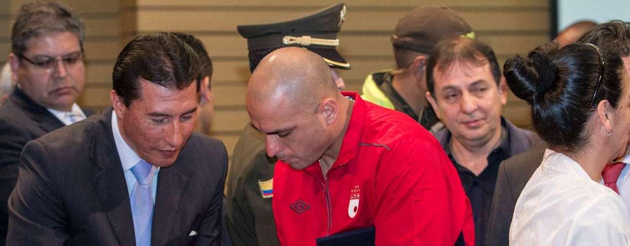 El capitán Omar Pérez fue uno de los más buscados por la prensa y los aficionados.