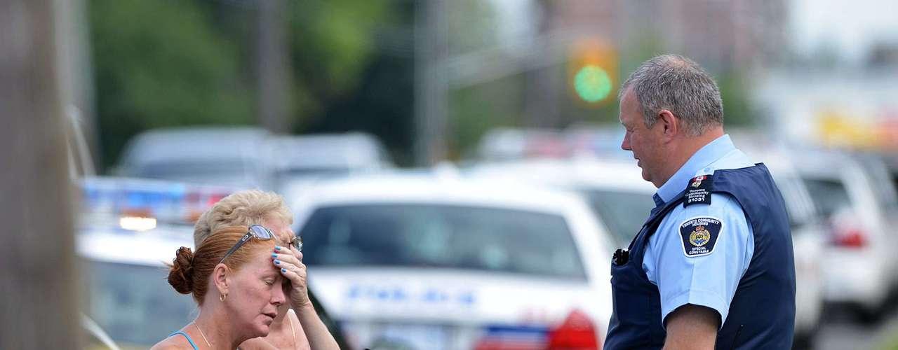 Dos personas murieron y al menos 19 resultaron heridas en un tiroteo que se registró laen Toronto, la mayor ciudad de Canadá, informó la policía.