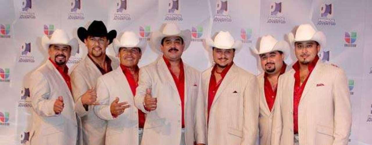 Los Rieleros del Norte cautivaron al público de Miami en Los Premios Juventud 2012.